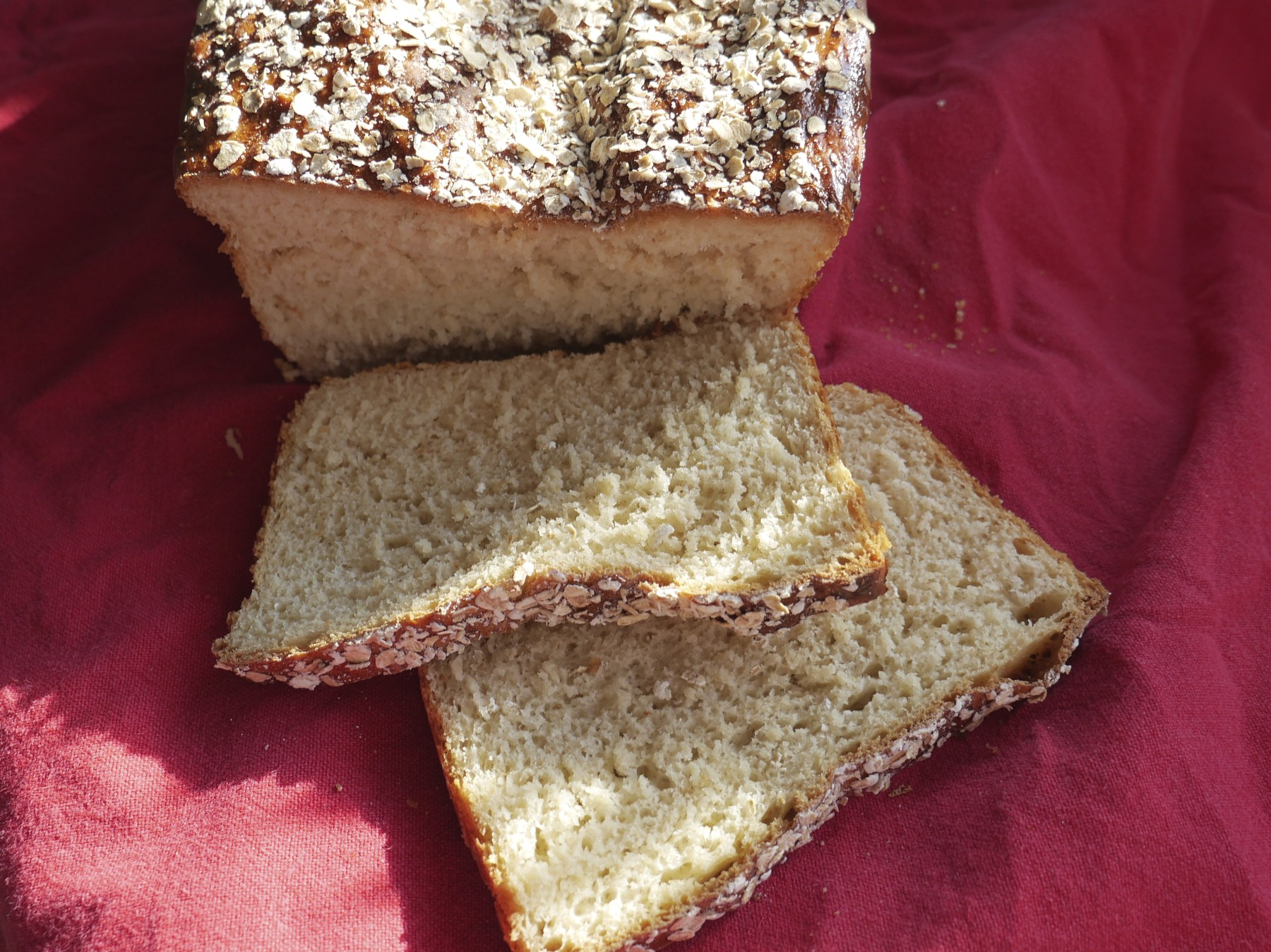 Scandi Oat & Honey Loaf (Havrebrød)