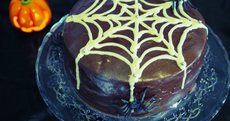 Spooky Chocolate & Ginger Hallowe'en Cake