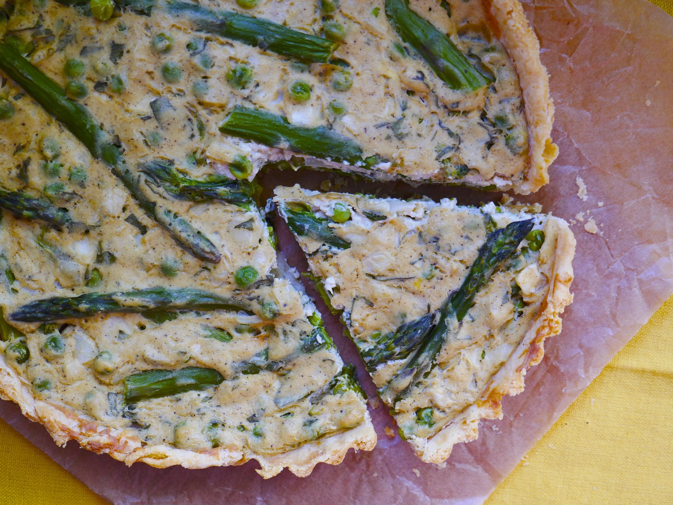 Pea, Mint & Asparagus Quiche (Vegan)