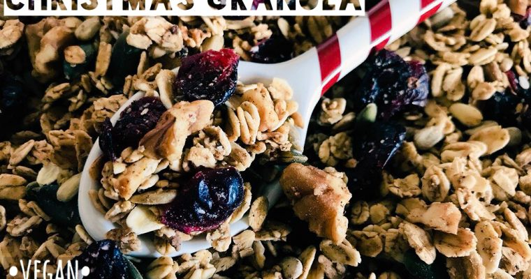 Speculaas-Spiced Christmas Granola (Oil Free)