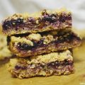 Vegan Blueberry and Pecan Oat Bars Recipe