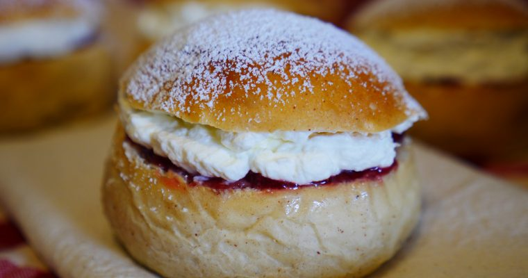 Swedish Semlor Buns (Shrove Tuesday Buns)