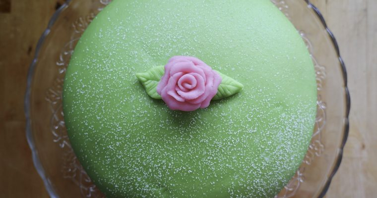 Prinsesstårta (Swedish Princess Cake)
