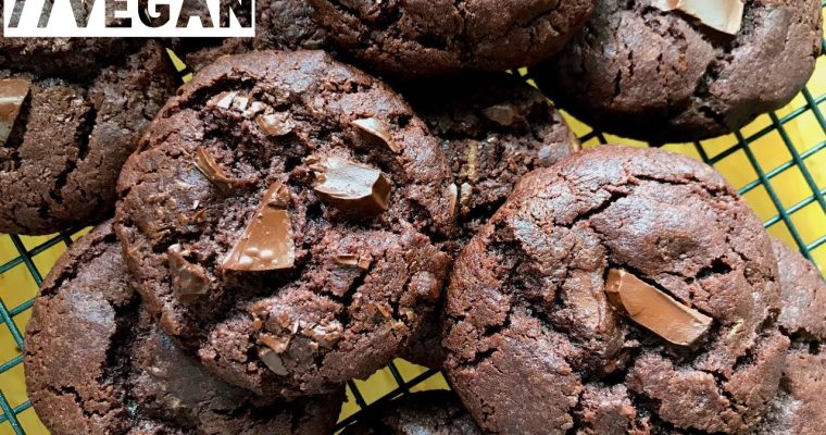 Double Chocolate Cookies // Vegan
